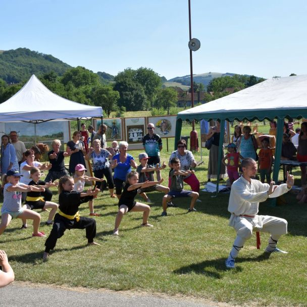 Multižánrový festival Kopanice bez hranice vo Vrbovciach