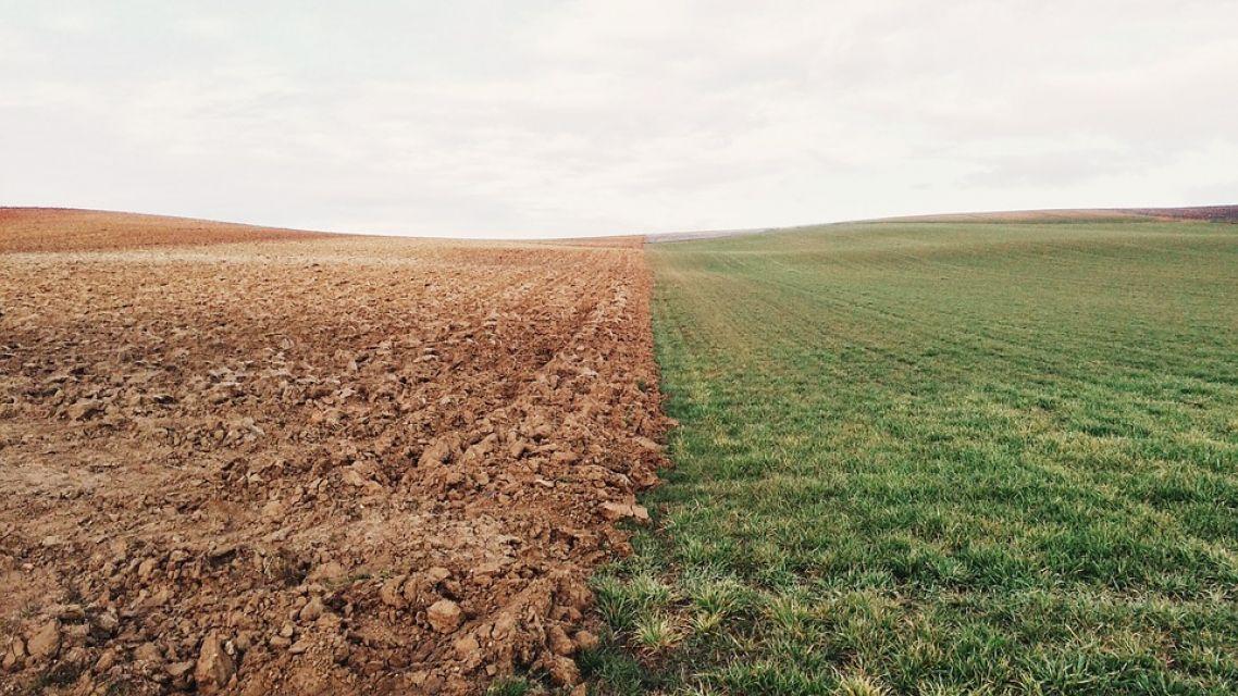 Oznam pre majiteľov prihraničných pozemkov